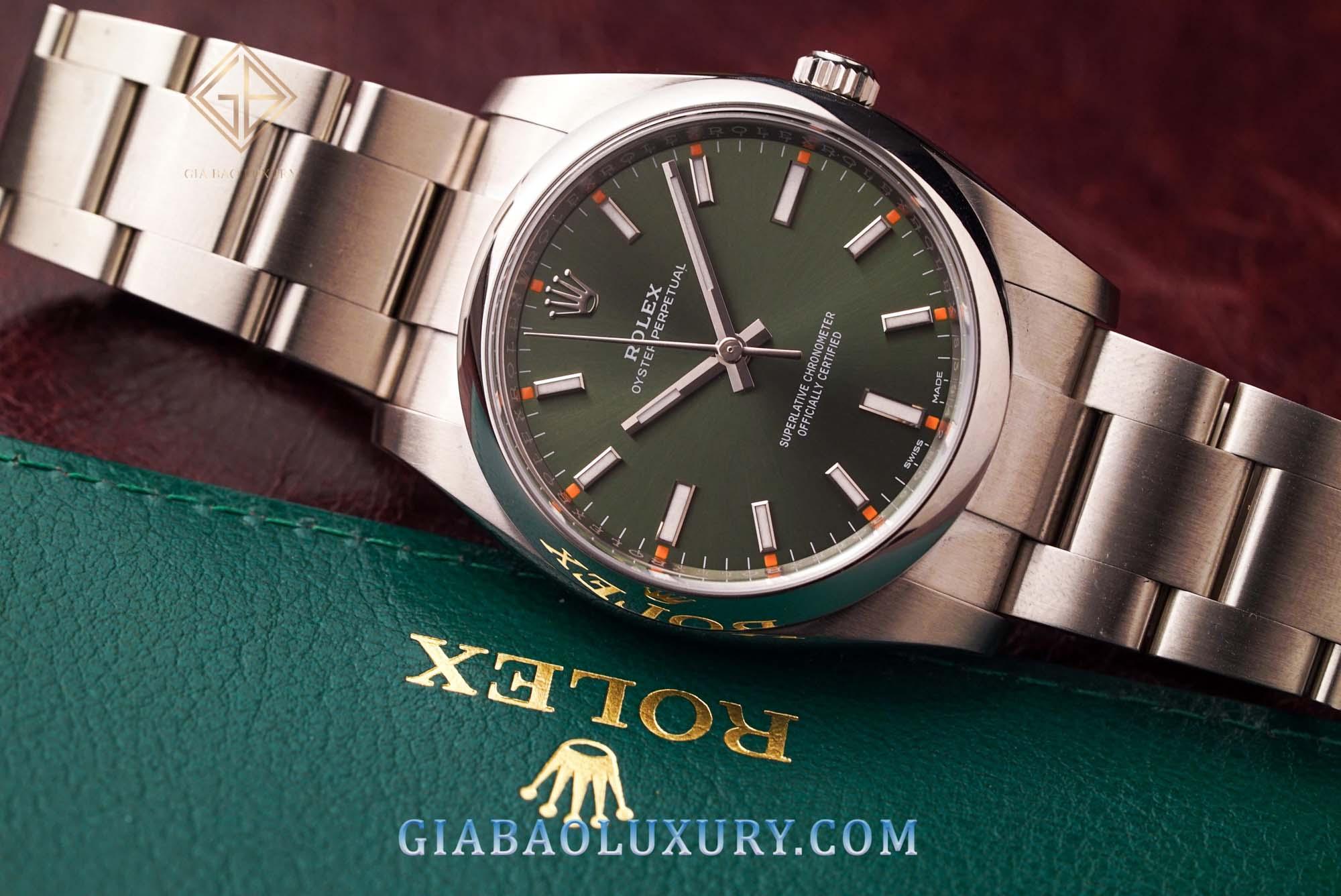 Gia Bảo Luxury - Địa chỉ bán sẵn đồng hồ Rolex Oyster Perpetual 114200 uy tín toàn quốc