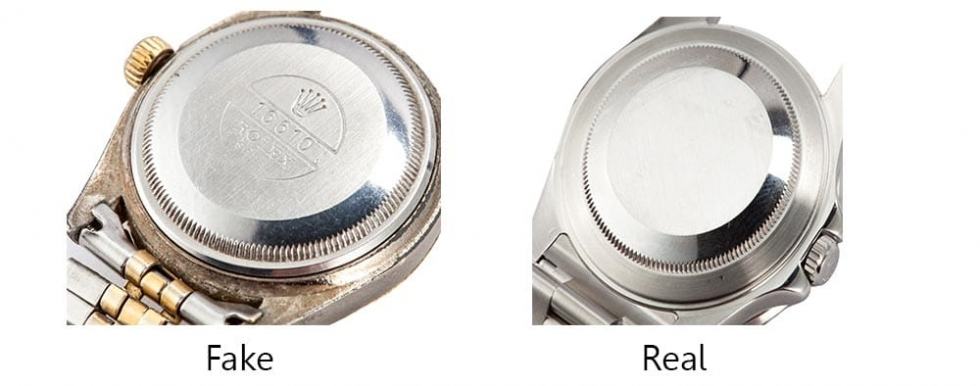 Đồng hồ Rolex chính hãng hiện nay đa phần  không in bất cứ ký hiệu gì ở mặt sau sản phẩm