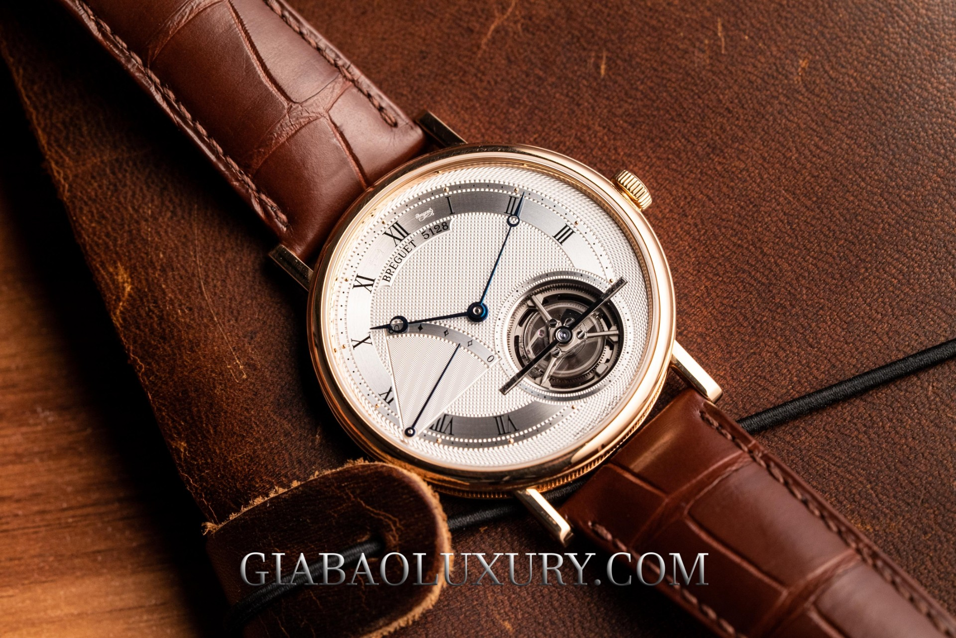 Thu mua đồng hồ tourbillon tại Việt Nam