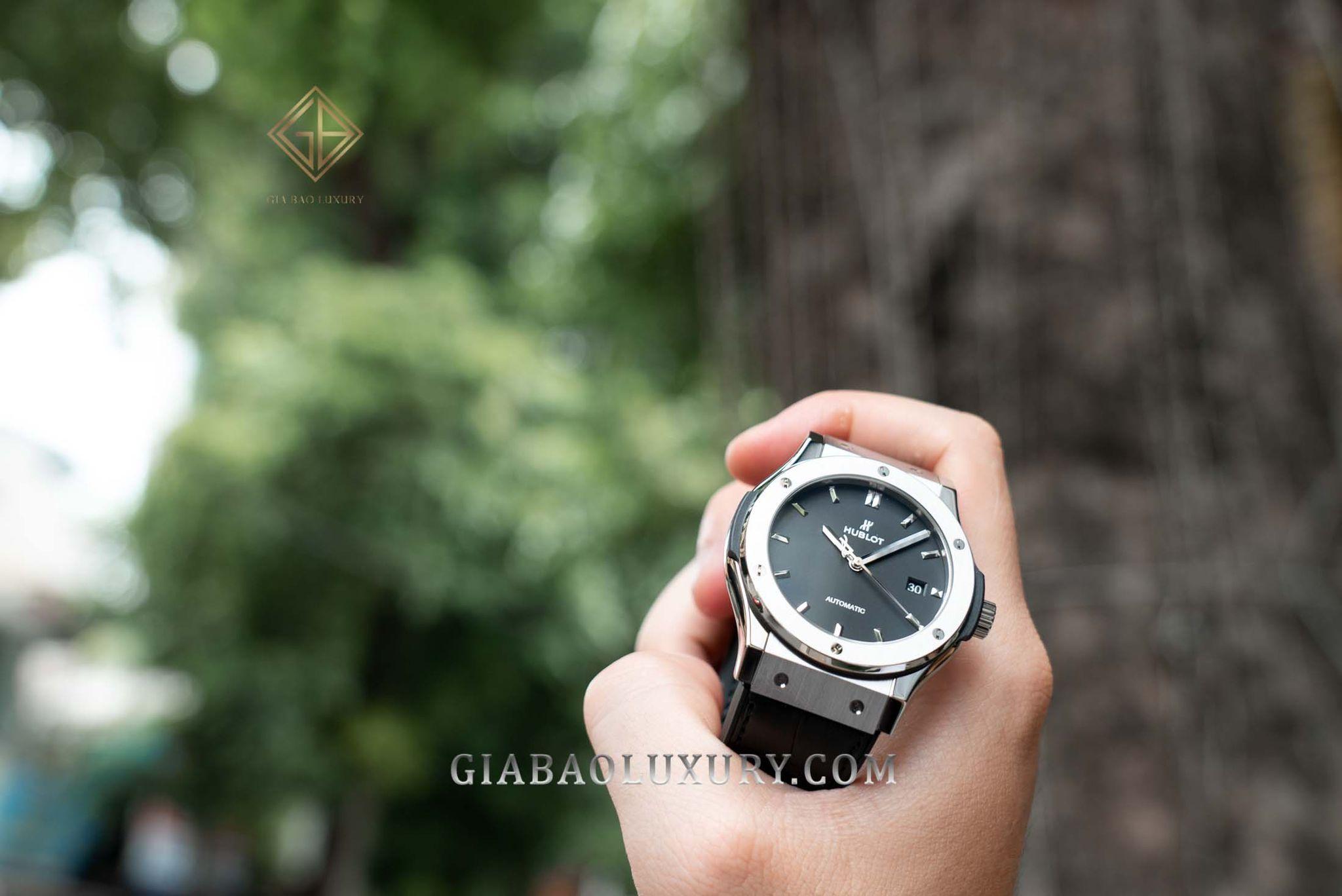 """Hublot - chiếc đồng hồ """"xa xỉ"""" với giá bán hàng trăm triệu"""